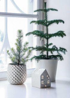 Christmas into Winter decor Noel Christmas, Scandinavian Christmas, Primitive Christmas, Winter Christmas, Christmas 2019, Christmas Crafts, Christmas Decorations, Xmas, Holiday Decor