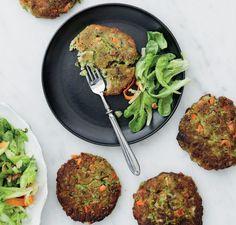 Huippukokin täydelliset vegepihvit! Voit käyttää tätä ohjetta kasvispihvien peruskaavana ja vaihdella kasviksia, pähkinöitä ja mausteita makusi...