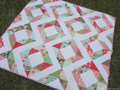 Easy Quilt Tutorial: Fresh Diamonds Quilt   This bright diamond quilt is the ultimate spring project!