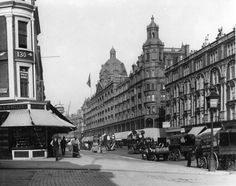 Harrods, 1906, founded by Henry Edward Harrod in 1834, located on Brompton Road in Brompton, Royal Borough of Kensington and Chelsea, London.. www.harrods.com