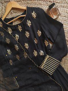 Midnight Black Pittanwork Anarkali with Mukaish-work Organza Dupatta Pakistani Fashion Party Wear, Pakistani Formal Dresses, Pakistani Dress Design, Indian Fashion, Korean Fashion, Churidar Designs, Kurta Designs Women, Blouse Designs, Fancy Dress Design