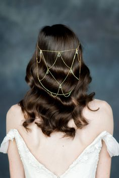 """sosuperawesome:  """" Hair Chains by Blair Nadeau on Etsy  See our 'hair accessories' tag  Follow So Super Awesome: Facebook • Pinterest • Instagram  """""""