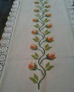 This Pin was discovered by Özn Cross Stitch Boarders, Just Cross Stitch, Cross Stitch Bookmarks, Cross Stitch Flowers, Cross Stitch Designs, Cross Stitching, Cross Stitch Embroidery, Cross Stitch Patterns, Hand Embroidery Videos