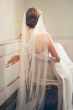 Wedding Headpiece Bridal Veil Boho Ivory Veil by JannieBaltzer Wedding Veils, Chic Wedding, Trendy Wedding, Wedding Vintage, Grecian Wedding, Wedding Beach, Wedding Bride, Wedding Flowers, Wedding Dress