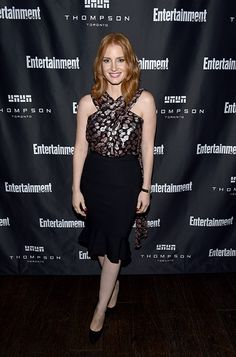 Jessica Chastain wearing the Jimmy Choo BEA pumps
