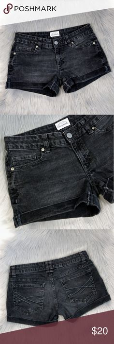 """Black Low Rise Cuffed Denim Shorts Aeropostale black wash denim shorts. Low rise fit  with cuffed hem. Classic and versatile summer shorts. Waist measures 15"""" flat across. Rise is 7.5"""" and inseam is 2.5"""" cuffed.   Excellent condition.  Open to offers. No trades. No modeling. Aeropostale Shorts Jean Shorts"""