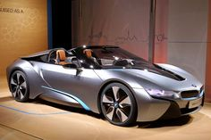Gallery: Photo - BMW Shows New and Spyder Concepts in New York - News - Automotive Fleet Bmw I8, Electric Cars For Sale, Good Looking Cars, Hot Rides, Hot Cars, Concept Cars, Cars Motorcycles, Dream Cars, Super Cars