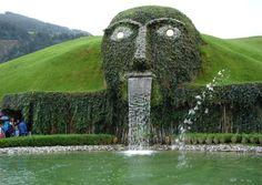 Swarovski Face Fountain - Wattens Austria