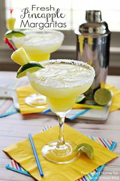 Frosty margaritas get a tropical twist with fresh pineapple puree and fresh-squeezed lime juice, perfect for Cinco de Mayo or any fiesta! Party Drinks, Cocktail Drinks, Cocktail Recipes, Alcoholic Drinks, Beverages, Drink Recipes, Pineapple Margarita, Pineapple Cocktail, Sangria