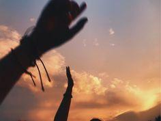Music Playlist 2018 Vsco New Ideas playlist covers Music Aesthetic, Summer Aesthetic, Aesthetic Photo, Aesthetic Pictures, Music Cover Photos, Music Covers, Sunset Tumblr, Summer Playlist, Pretty Sky