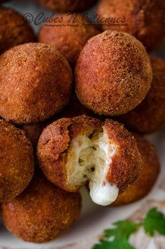 Cubes N Juliennes: Garlic Chicken Cheese Balls