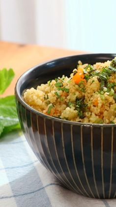 Curry, Quinoa, Risotto, Grains, Food And Drink, Rice, Cilantro, Ethnic Recipes, Spring