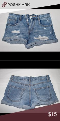 Distressed Denim Blue Jean Shorts sz 26 Preowned. Forever 21 Shorts Jean Shorts