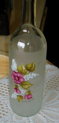 Painting Glass Jars Craft Ideas 45 Ideas For 2019 Wine Bottle Art, Painted Wine Bottles, Lighted Wine Bottles, Diy Bottle, Painted Wine Glasses, Wine Bottle Crafts, Bottles And Jars, Decorated Bottles, Painting Glass Jars