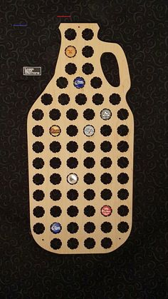 Growler Shaped Beer Cap Map -- Holds 66 Bottle Caps -- Perfect for your favorite beer lover -- Made in the USA - #beercaps Beer Cap Art, Beer Bottle Caps, Beer Caps, Beer Cap Coasters, Beer Cap Table, Beer Cap Crafts, Incredible Gifts, Ribbon Sculpture, Beer Lovers