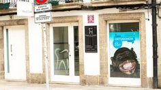 Y como no podía ser menos en la Rúa de San Pedro también están de estreno!! #diseñoGalicia #galiciaDiseño #Yeti #galiciaCalidade #galicia #diseño #comunicacion #love #vedra #santiagoDC #trabajoBienHecho #imagenCorporativa #instagood #happy #swag #design #graphicDesign #amazing #bestOfTheDay #art #creatividad #creative #vinilo #dental #monkey #mono #ortodoncia #sonrisa #smile #dental