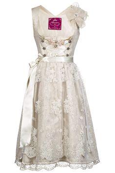 Traumhaftes Dirndl von Alpenprinzessin - Wiesn Couture - white dirndl