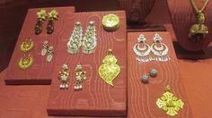 estos son objetos hechos con metales preciosos.