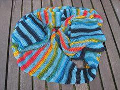 Img_0311_small2 Knitted Hats, Rainbow, Knitting, Fashion, Sun Sails, Rain Bow, Moda, Rainbows, Tricot