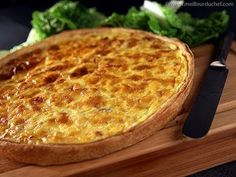 Quiche Lorraine - Recipe With Images - Meilleurduchef within 20 Glamour Des Photos De Cuisine Lorraine Quiche Recipes, Chef Recipes, Shortcrust Pastry, Cheese Dishes, Savory Tart, Looks Yummy, Easter Recipes, Finger Foods, Food Videos