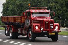 Scania vabis. Vintage Bikes, Vintage Trucks, Cool Trucks, Big Trucks, Classic Trucks, Classic Cars, Old Lorries, Super Images, Road Transport