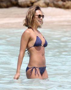 Jessica Alba Video, Jessica Alba Sexy, Sexy Bikini, Bikini Girls, Blue Bikini, Bikini Tops, Taurus, Divas, Beautiful Female Celebrities