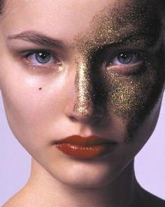 Maquillage métallisé - Or