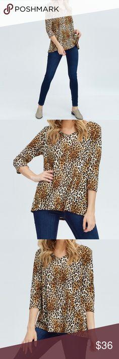 700e395949b413 Elbow Sleeve V-Neck Top Leopard print. 2/3 Sleeve, V-
