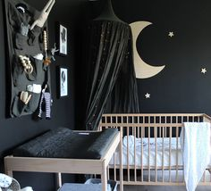 "219 mentions J'aime, 35 commentaires - ebony oconnor 🐶 (@ebandthebear) sur Instagram : ""Another snippet of Opie's nursery! 💫 #opiesnursery"""