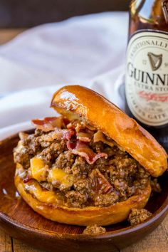 Bacon, Beer and Cheese Sloppy Joes - Dinner, then Dessert Bacon, Beer and Cheese Sloppy Joes are the perfect gameday food for a crowd with a Guinness sauce and sharp cheddar cheese filling. Meat Recipes, Dinner Recipes, Cooking Recipes, Stuffed Burger Recipes, Recipes With Hamburger, Recipies, Meatball Recipes, Potato Recipes, Croque Mr