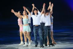 (L-R) Akiko Suzuki, Mao Asada, Yuzuru Hanyu, Tatsuki Machida, Kanako Murakami, APRIL 11, 2014 - Figure Skating : Stars on Ice Japan Tour 2014 at 1st Yoyogi Gymnasium, Tokyo, Japan. (Photo by Yohei Osada/AFLO SPORT)  (512×341)
