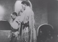 Maurizio Blondet Translated by: Anna Grasso Padre Pio's Masses have become legendary. They would last for hours, and would overwhelm the congregation. When Padre Pio celebrated Mass, were his thoughts with the Sacrifice or were they with the