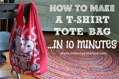 10 Minute T-Shirt No-Sew Bag Tutorial | Upcycle those old t-shirts and turn them into brand new totes with this helpful no-sewing required tutorial.