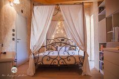 Girly Withe room http://www.mistudiodesign.com/portfolio/girly-white-bedroom/