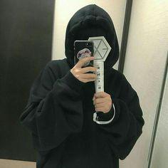 Do not enter! Lightstick Exo, Exo 12, Kpop Exo, Baekhyun, Korean Bangs Hairstyle, Exo Merch, Exo Album, Exo Lockscreen, Korean Aesthetic