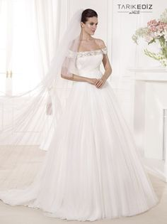 tarik-ediz-wedding-dresses-12-08052014nz