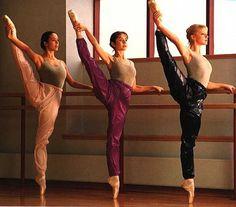 dansepieddanslamain.jpg (392×345)