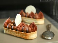Chocolate & Nougatine Tartlets - Recipe with images - Meilleur du Chef Mini Tart, Shortcrust Pastry, Pastry And Bakery, Home Baking, Breakfast Dessert, French Pastries, Cupcake, Special Recipes, Mini Cakes