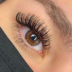 View more wholesale eyelashes Perfect Eyelashes, Best False Eyelashes, Eyelashes Makeup, Beautiful Eyelashes, Eyebrows, Eyelash Extensions Classic, Volume Lash Extensions, Whispy Lashes, Makeup Eye Looks