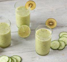 Groene smoothie met komkommer & kiwi