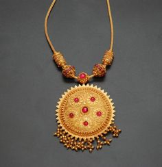 Indian Jewellery and Clothing: Awesome 22ct gold bridal jewellery from Sakhi fashions..