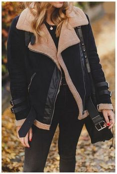 The faux fur collar lapel zipper plain coats is a good choiice of fashin and it suits many fall occasions. Hipster Outfits, Trendy Outfits, Girly Outfits, Winter Mode Outfits, Fall Outfits, Black Outfits, Winter Fashion Casual, Autumn Winter Fashion, Fall Fashion