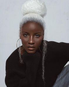 Definition of beauty 😍😍😍 Black Girl Art, Black Girl Magic, Dark Skin Beauty, Hair Beauty, Black Beauty, Pelo Afro, Trend Fashion, Black Girl Aesthetic, Black Girls Hairstyles