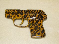 Hydroshock Custom Grafix - GUNS * custom guns* custom painted Guns* airbrushed Guns* cerakoteAR15 * RIFLES * SHOTGUNS * PISTOLS