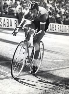 Tom Simpson, 500m pursuit, 1961 World Track Championships, Zurich, Switzerland.