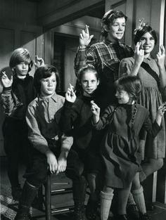 """The Walton Kids """"The Homecoming - look at Ben and Jim Bob's long hair, so cute!"""