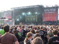 Jedes Jahr feiern über 60.000 Menschen bei Rock im Park. Das Mega-Festival findet mitten in Nürnberg statt.