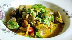 Vepřové ledvinky na paprice, Foto: Vlado Kníž Thai Red Curry, Ethnic Recipes, Food, Red Peppers, Essen, Meals, Yemek, Eten