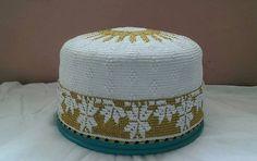 flower design with sun top bohra white golden topi