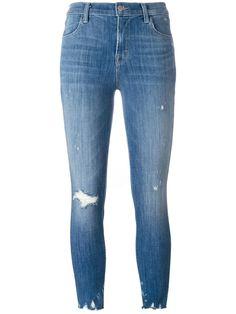 the perfect blue #jbrand #capri #distressed #jeans #new #style www.jofre.eu